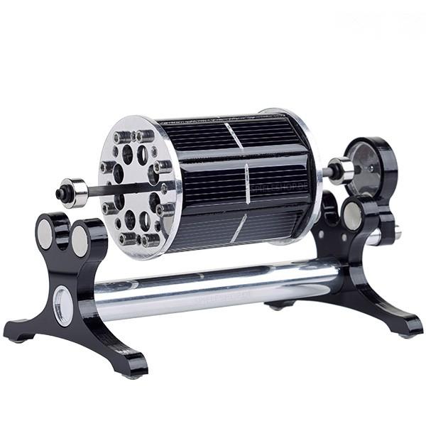 Mendocino-Motor AR O-8 in silber mit schwarzen Acryl-Seitenteilen